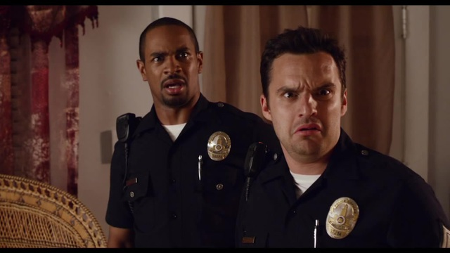 Let's Be Cops - Die Party Bullen Video 3